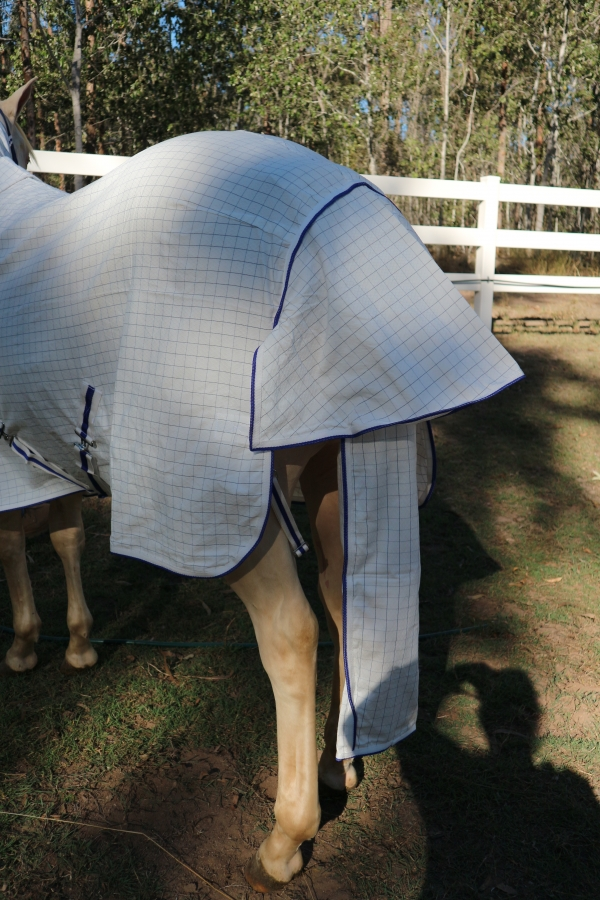 horse rug tail bags
